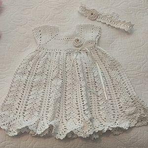👸 Beautiful Pearly White&Gold Crochet Dress 3-6m